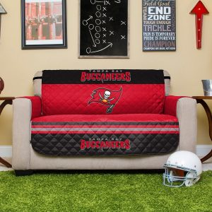 Tampa Bay Buccaneers Red Love Seat Protector