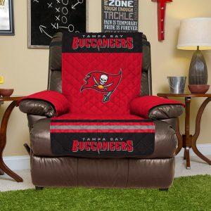 Tampa Bay Buccaneers Red Recliner Protector