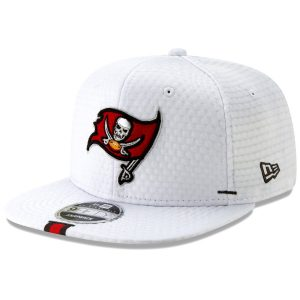 Men's Tampa Bay Buccaneers New Era White 2019 NFL Training Camp Original Fit 9FIFTY Adjustable Snapback Hat