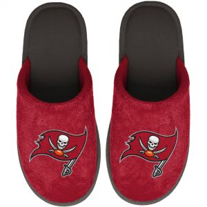 FOCO Tampa Bay Buccaneers Youth Red Big Logo Scuff Slippers